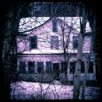 Creepy-House-In-The-Woods
