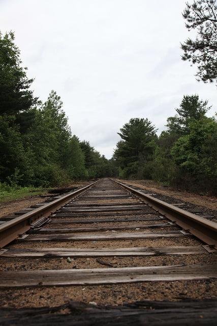 Train Tracks – R