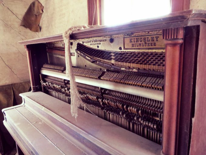 Unplayed Piano (Alternate Take)