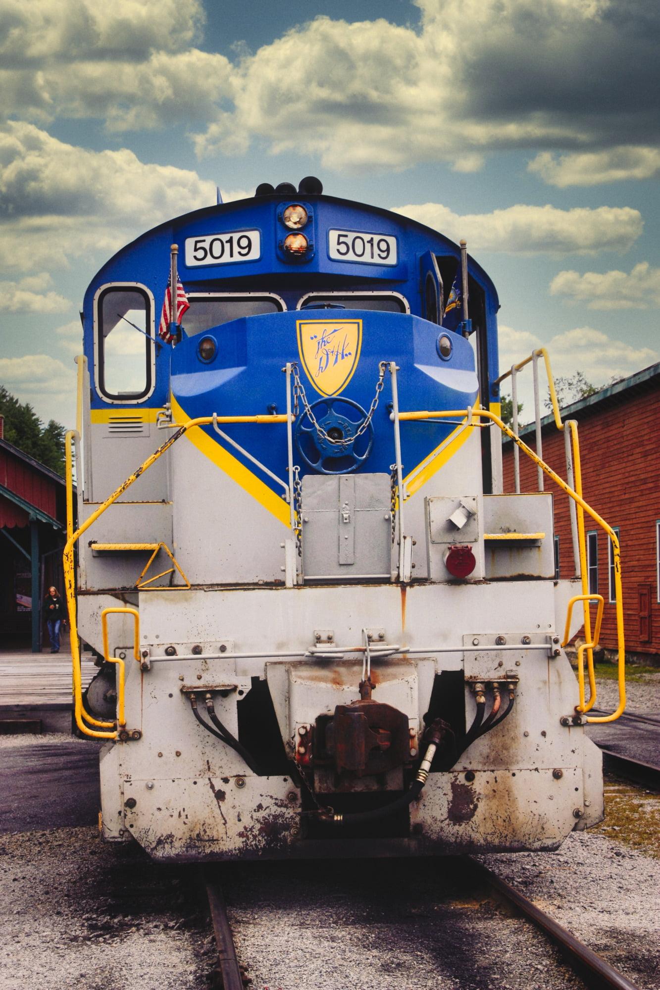 Upper Hudson River Railroad 5019 At Station