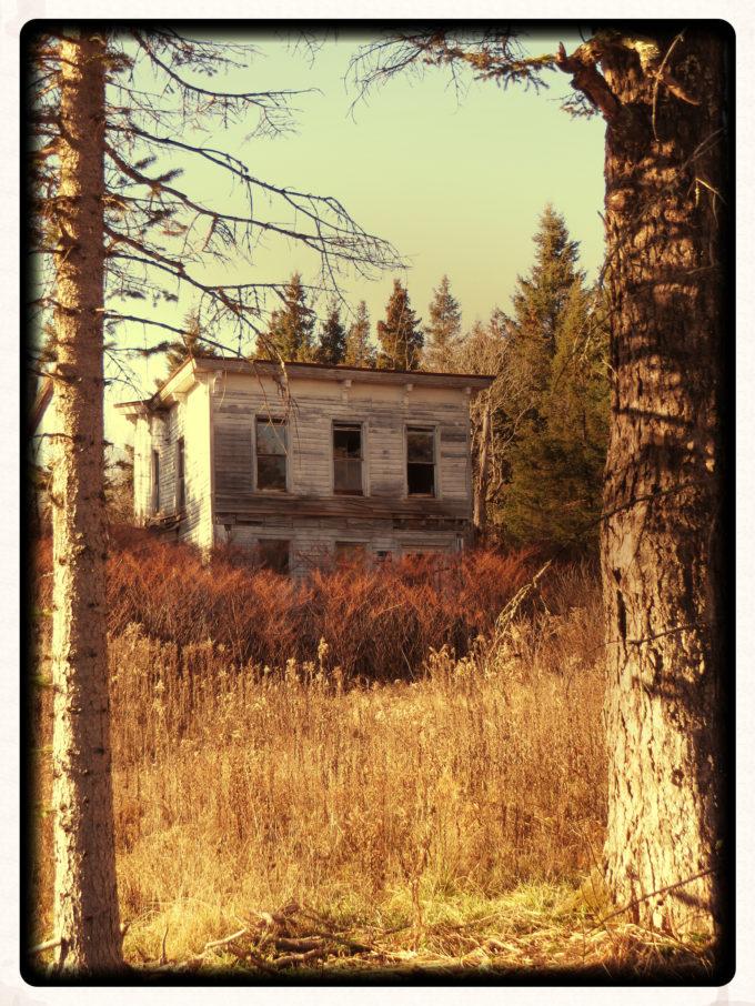 Very Creepy Abandoned House