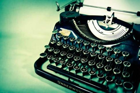 antique-typewriter