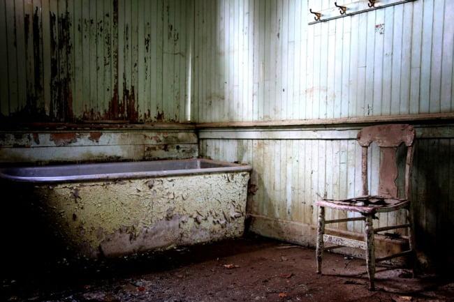 Bath And Chair (FINAL EDIT)