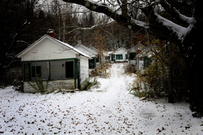 Lowe's Cabins