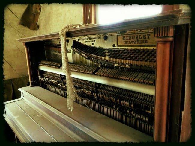 Unplayed Piano (Alternate Take EDIT)
